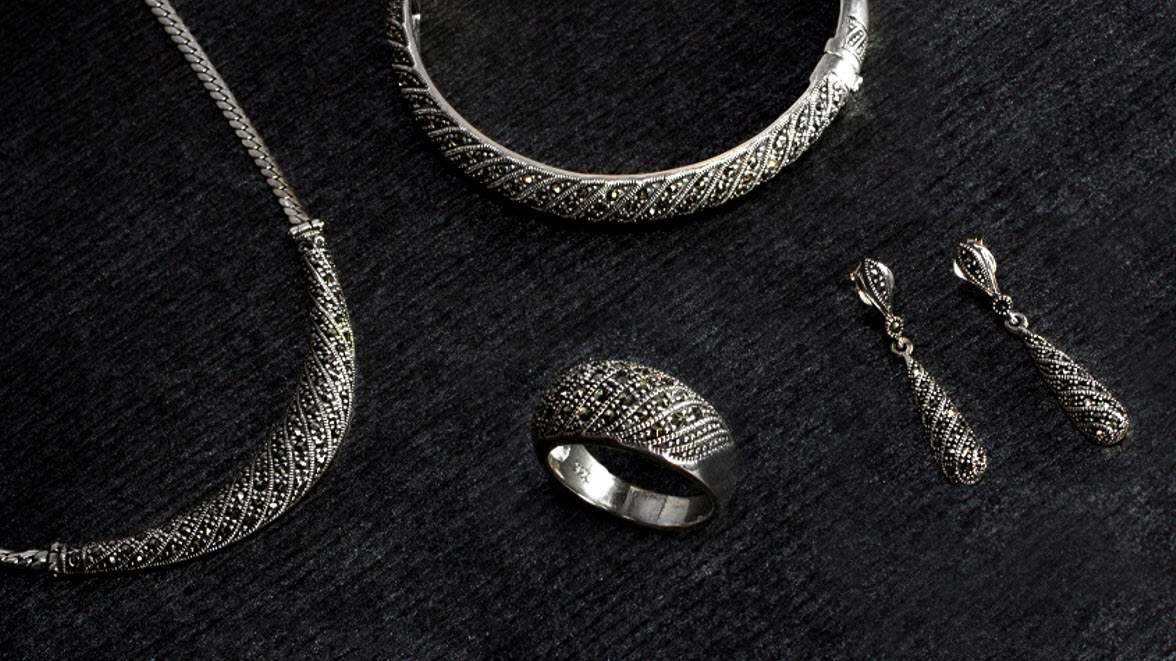 Top 10 Most Versatile Sterling Silver Necklaces for Women 009