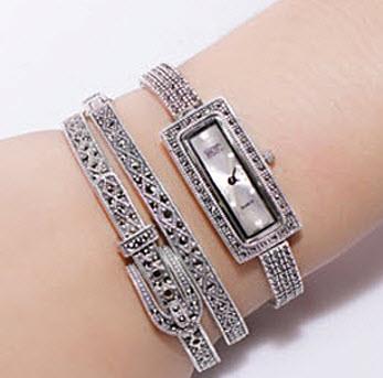 How to Wear Watch with Bracelet 009