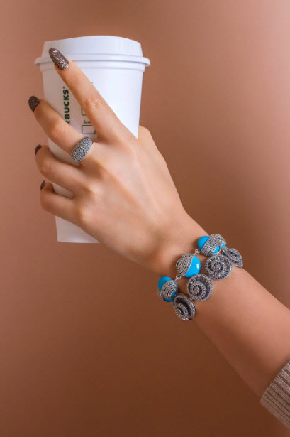 How to stack bracelets09