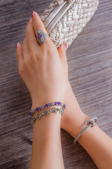 How to stack bracelets12