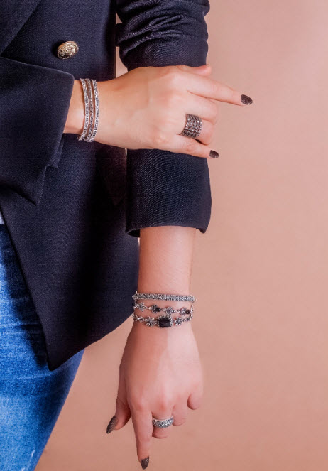 How to stack bracelets13